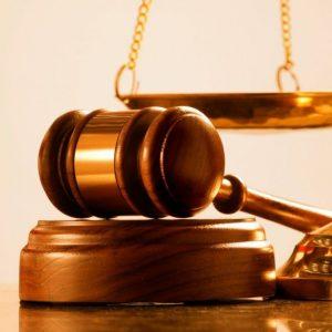 Cuáles son las funciones más importantes de los estudios de abogados