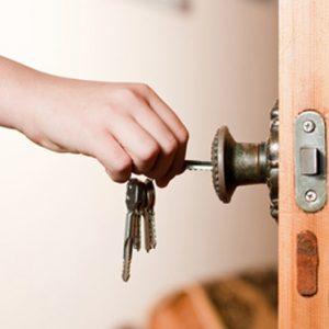 Consejos para considerar antes de contratar un cerrajero