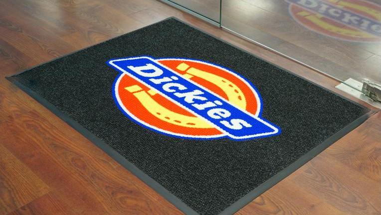 Cómo utilizar alfombras promocionales para su marketing